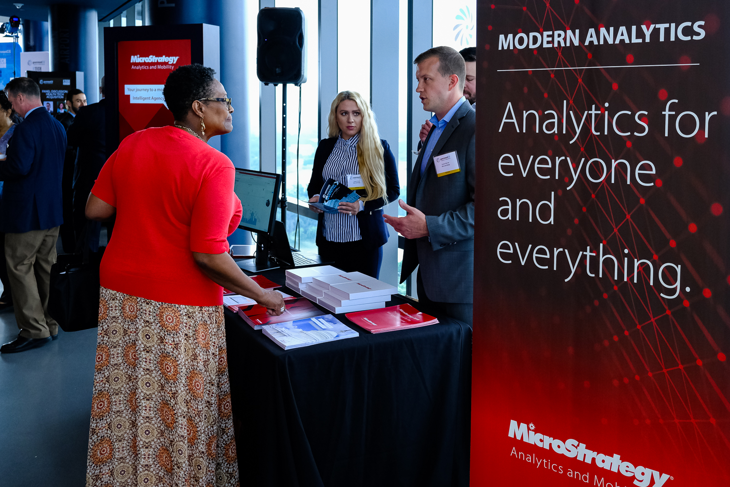 Microstrategy booth at acquisition innovation CXO Tech Forum